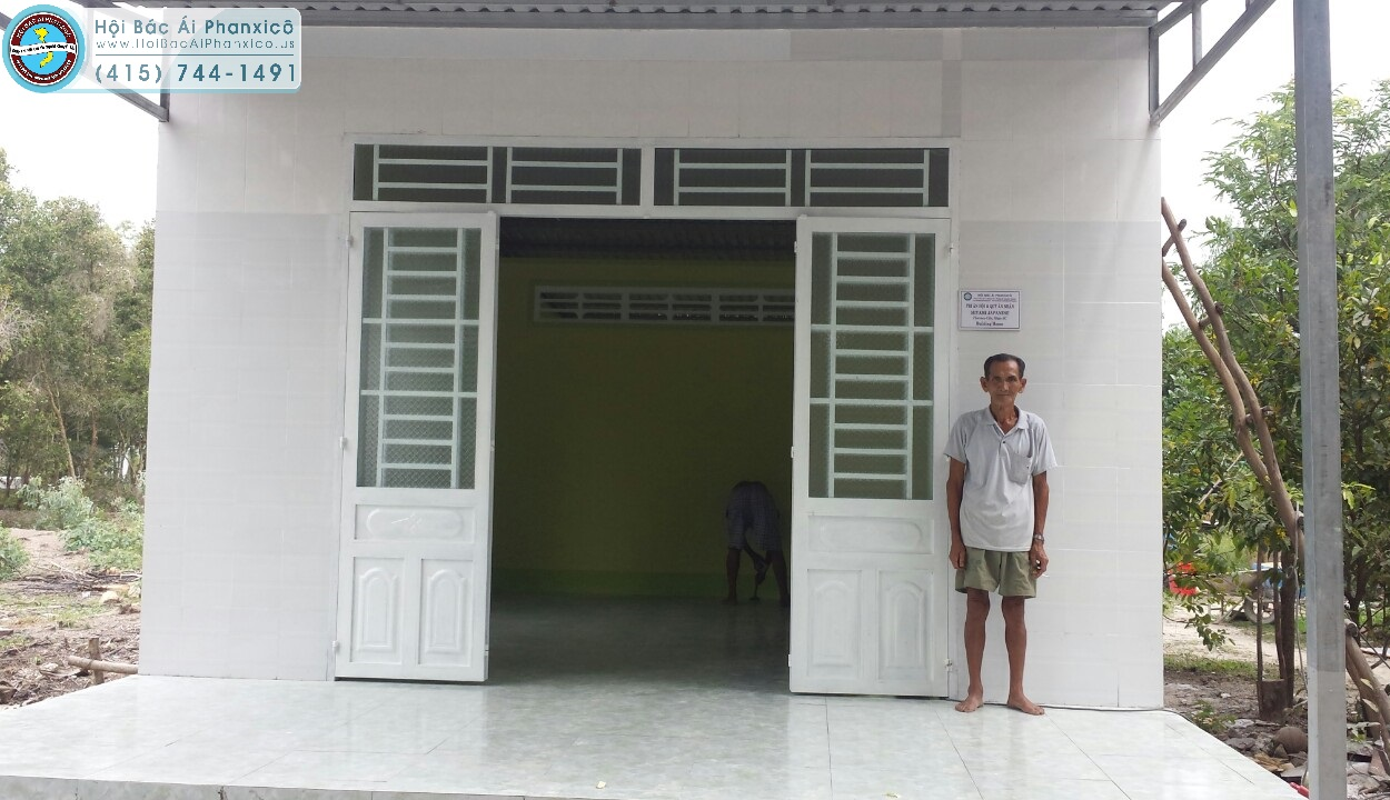 Ông bà Suol với niềm vui có căn nhà mới